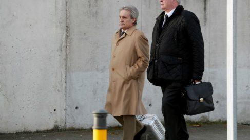 Francisco Verdú (dcha.) acude al juicio en la Audiencia Nacional por el caso Bankia
