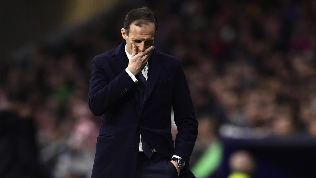 Allegri, lamentándose durante el partido ante el Atlético (AFP).