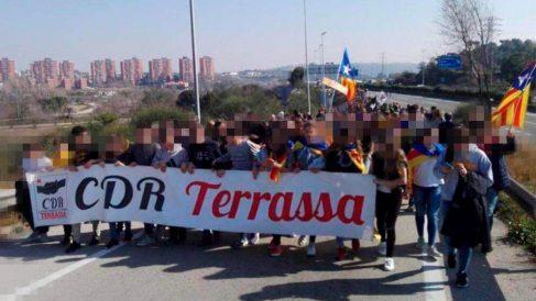 CDR en Terrassa con niños en la huelga general.