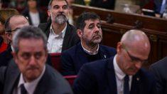 El expresidente de la Asamblea Nacional Catalana (ANC) Jordi Sánchez, junto al resto de líderes independentistas acusados por el proceso soberanista catalán que derivó en la celebración del 1-O y la declaración unilateral de independencia de Cataluña (DUI). Foto: EFE