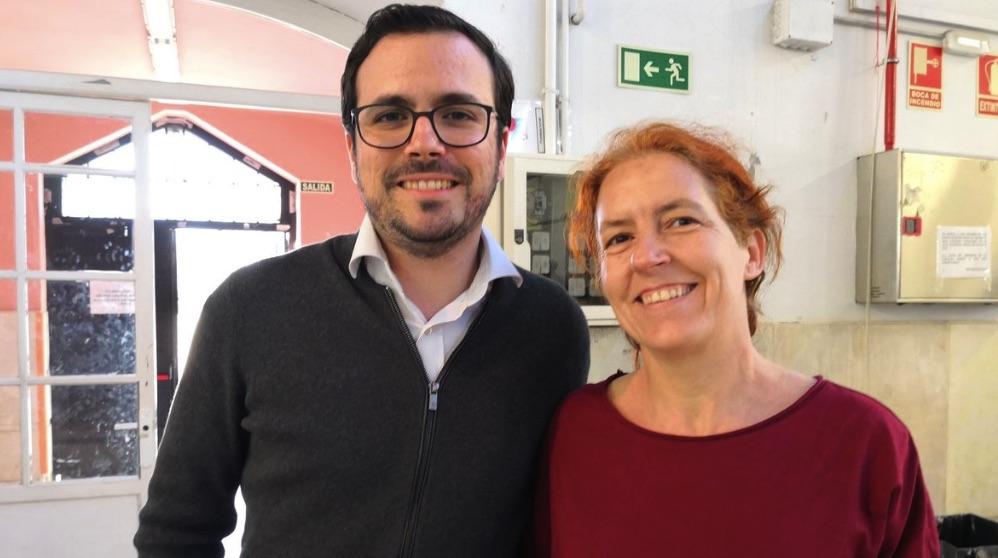 Alberto Garzón junto a Celia Martell, líder de IU Galapagar. (Foto. TW)