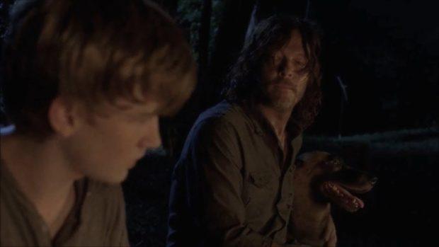 Daryl y Henry en 'The Walking Dead'