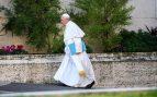 El Papa Francisco llegando a la cumbre antipederastia en el Vaticano. Foto: Europa Press