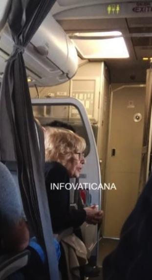 Carmena y su equipo cierran el mandato con récord de gasto en viajes: 21.000 € al mes