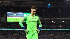 Kepa se lamenta en la final de la Carabao Cup. (Getty)
