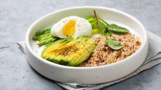 Receta de Quinoa con huevo poche