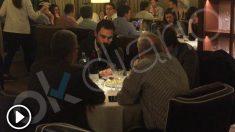 Roger Torrent en el restaurante Media Ración.