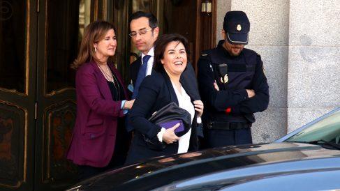 Soraya Sáenz de Santamaría abandona el Supremo tras declarar. (Foto: E. Falcón)