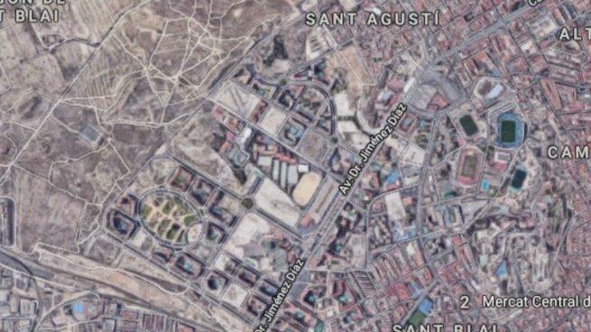 Muere un niño de ocho años al caerse desde un quinto piso en Alicante