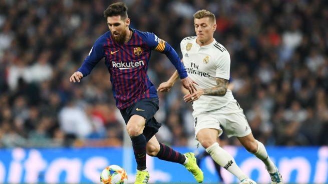 Messi y Kroos, durante un Clásico.