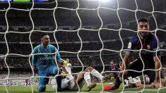 Keylor Navas, tras encajar el segundo gol del Barcelona (EFE).