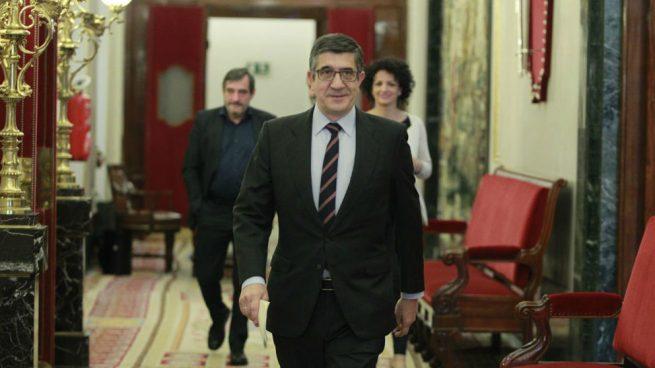 Patxi López entra a la galería de presidentes del Congreso con el cuadro más barato