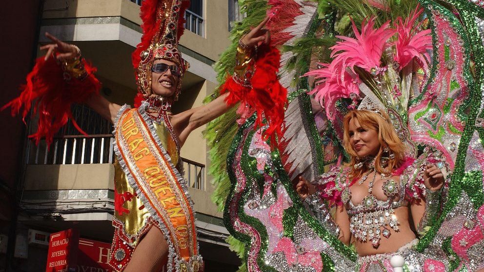 La cabalgata del Carnaval de Las Palmas de Gran Canaria es uno de los eventos más grandes de la capital.