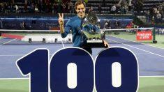Roger Federer alcanza las 100 victorias en Dubái. (AFP)