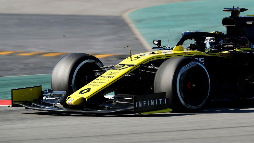 El piloto alemán de Renault, Nico Hülkenberg, durante la segunda jornada de la segunda tanda de entrenamientos oficiales de pretemporada de Fórmula Uno que se celebran en el Circuito de Barcelona-Cataluña en Montmeló (Barcelona). (Foto: Efe /Alejandro García)