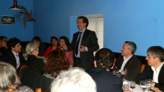 El alcalde de Galapagar, Daniel Pérez (izquierda); el alcalde de Hoyo de Manzanares, José Ramón Regueiras, y el ex edil de Hacienda de Galapagar, Fernando Arias, en un acto celebrado en Torrelodones.