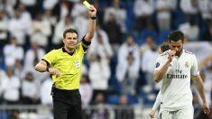 Nacho Fernández, expulsado en el Real Madrid – Ajax de Champions League. (AFP)