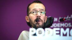 El secretario de Organización de Podemos, Pablo Echenique, durante una rueda de prensa tras el Consejo de Coordinación de Podemos. (Foto: Efe)
