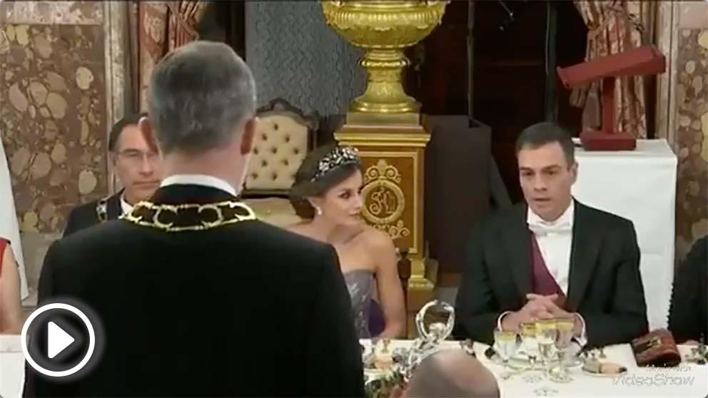 Pedro Sánchez se siente aludido cuando el Rey Felipe VI dice «presidente del Gobierno»