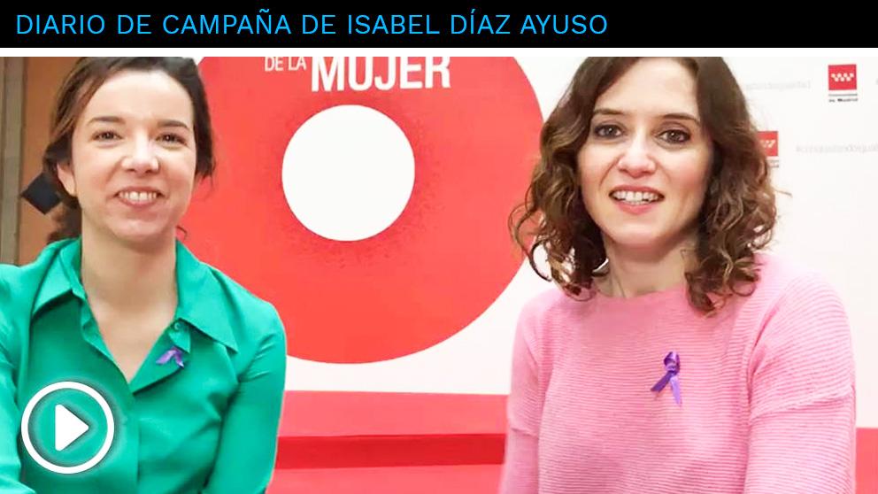 La candidata del PP en la Comunidad de Madrid, Isabel Díaz Ayuso, junto a la directora general de la Mujer, Paula Gómez-Angulo, en la tercera entrega de su videoblog en OKDIARIO.