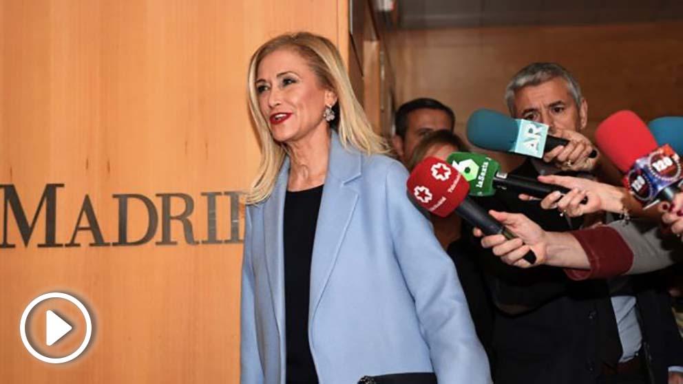 La expresidenta regional Cristina Cifuentes a su llegada este miércoles a la Asamblea de Madrid. (Foto. EFE)