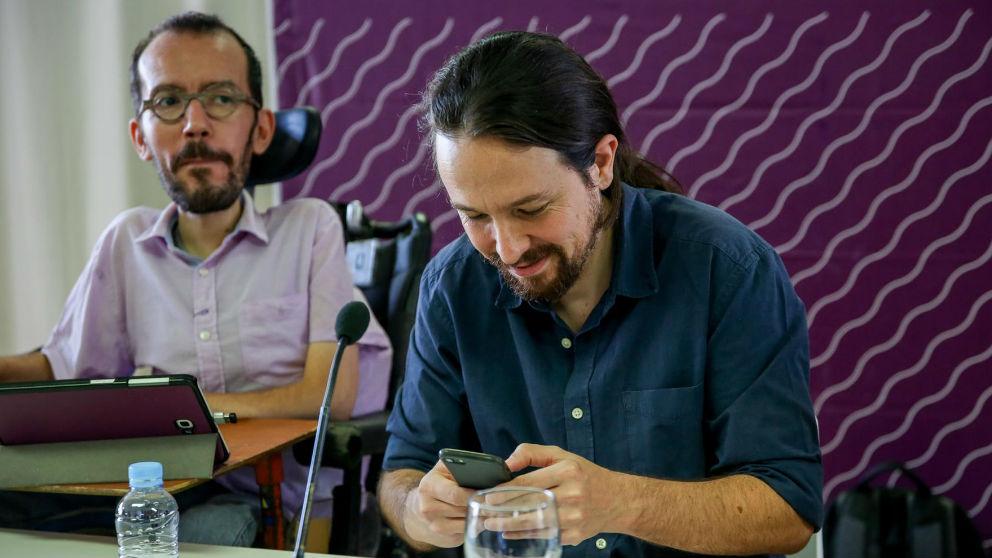 Pablo Iglesias y Pablo Echenique. Foto: Europa Press