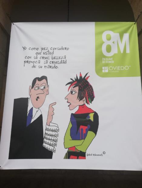 La pancarta colgada por el 8M en la fachada del Ayuntamiento de Oviedo. Foto: Twitter