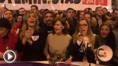 Begoña Gómez, esposa del jefe del Gobierno, y la vicepresidenta Calvo en la manifestación del 8-M.