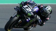 Maverick Viñales rueda en el circuito de Losail en Qatar. (AFP)