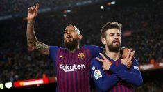 Vidal y Piqué celebra un gol del Barcelona. (EFE)