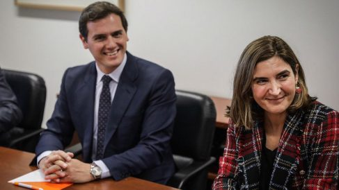 La consejera de Empleo de la Junta de Andalucía, Rocío Blanco, y el líder de Ciudadanos, Albert Rivera. (Foto: Flickr C's)