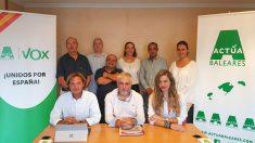 Los miembros de Vox Alcúdia, donde uno de sus simpatizantes se ha visto envuelto en una polémica tras verter comentarios machistas en sus redes sociales.