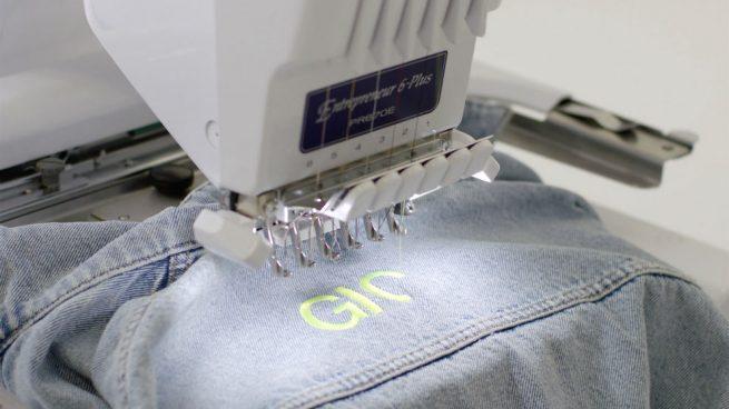 Zara lanzará una colección donde el cliente podrá imprimir su nombre