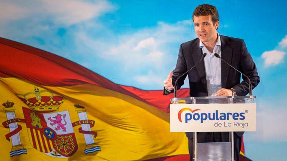 El presidente popular, Pablo Casado, interviene en el acto de presentación de las siete candidaturas del PP a los municipios de cabeceras de comarca de La Rioja. Foto: EFE
