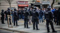 Aficionados del Lyon en Barcelona. (Europa Press)