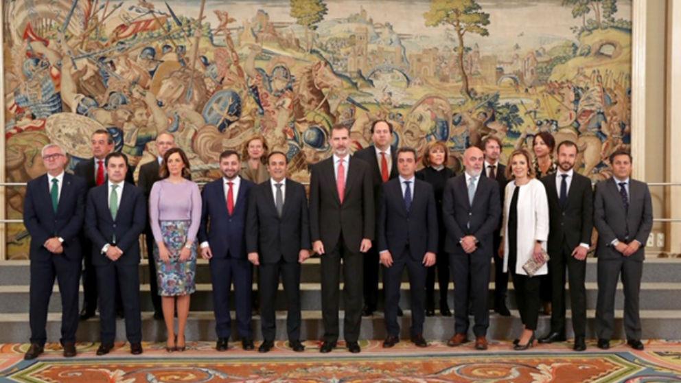 Consejo Rector Grupo Cofares, junto con su majestad el Rey Felipe VI (Foto: Cofares)
