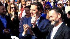 Rivera y Edmundo Bal este domingo en un acto de C's en Madrid (Foto: EFE).