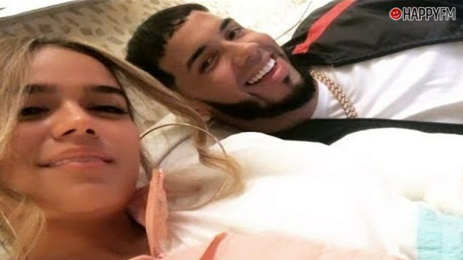 Anuel AA y Karol G, duramente criticados por una serie de vídeos íntimos publicados en Instagram