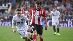 Ibai Gómez ante el Valencia