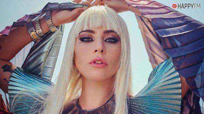 Lady Gaga aparece por sorpresa en un escenario de Los Ángeles con un motivo muy especial