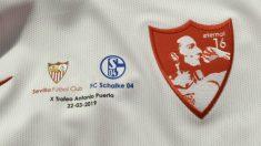 Camiseta conmemorativa del X Trofeo Antonio Puerta. (Sevillafc.es)