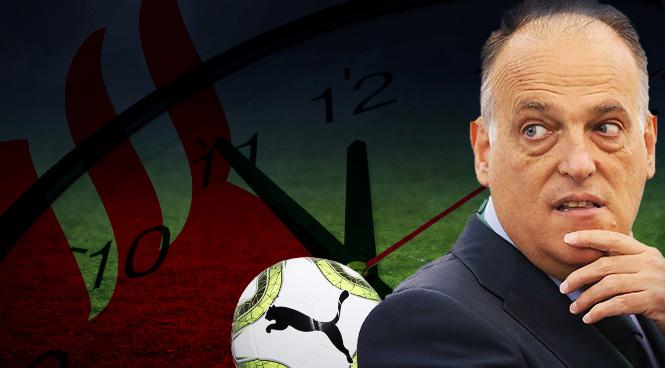 Tebas mantiene un pulso con la Federación Española de Fútbol.