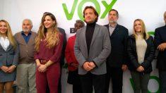 El líder de Vox en Baleares, Jorge Campos, junto a la vicepresidenta de Vox en Baleares, Malena Contestí.