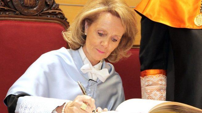 Mariàngela Vilallonga en su ingreso en la RAED.