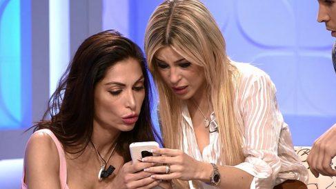 Oriana vuelve a ver mensajes a través del móvil una pretendienta de 'MYHYV'