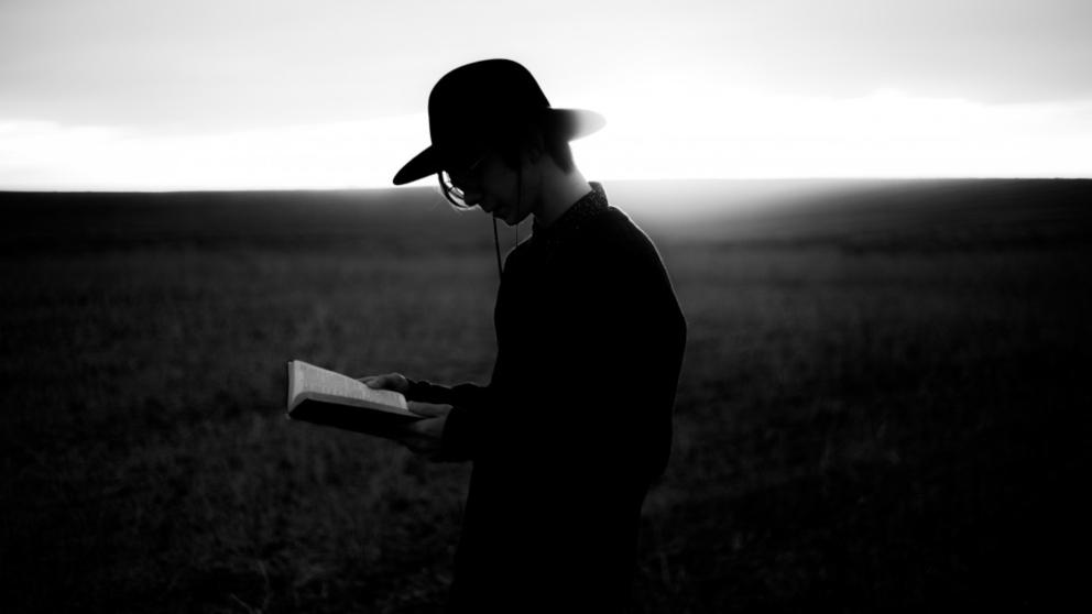Recita estos poemas para celebrar el Día Mundial de la Poesía 2019