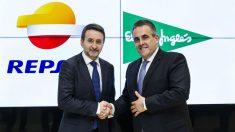 Repsol y El Corte Inglés se alían para vender gas y electricidad conjuntamente (Foto: EP)