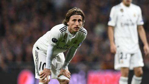 Luka Modric, en un partido con el Real Madrid. (AFP)