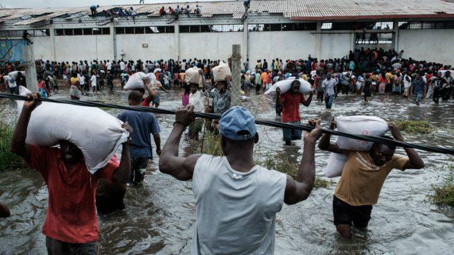 Mozambique registra 217 muertos por el ciclón Idai y todavía hay unas 15.000 personas que esperan rescate