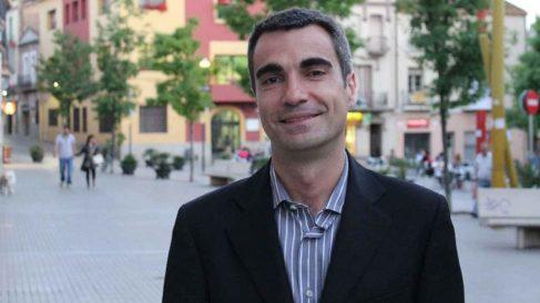El ex alcalde de Molins de Rey, Joan Ramon Casals, aboga por «cerrar las fronteras con España».